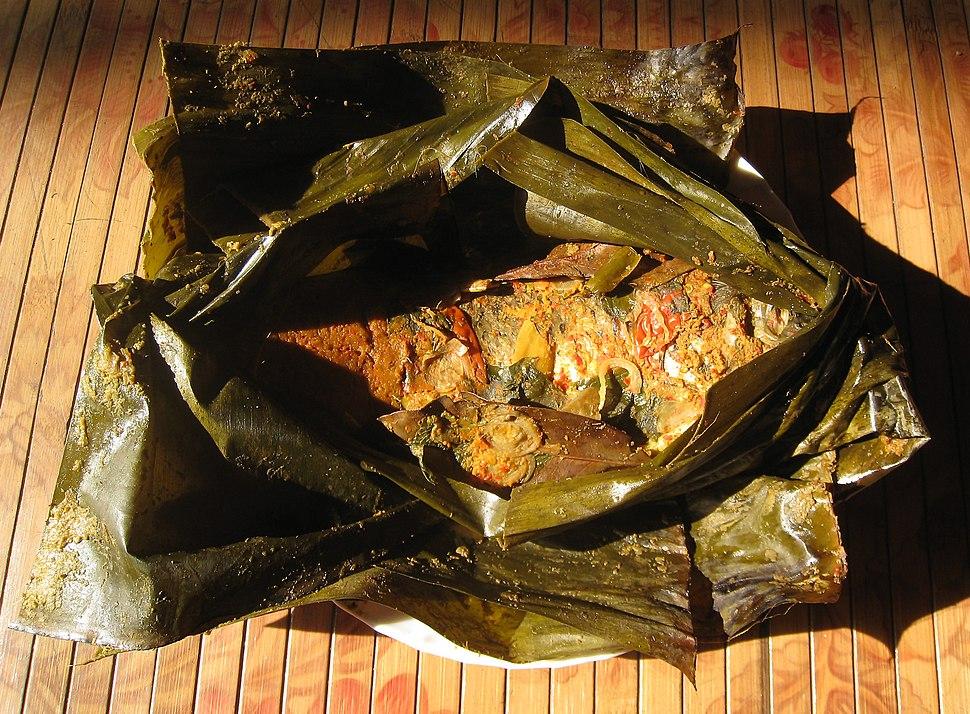 Pepes ikan emas (pais lauk mas) Sunda