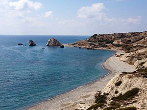 Petra Tou Romiou (Rock of the Greek), or Aphrodites Rock (8010191623).jpg
