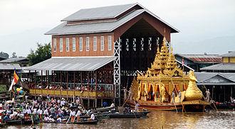 Hpaung Daw U Pagoda - Phaung Daw U Pagoda Festival karaweik barge.