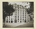 Photograph, Photograph of Apartment Building Designed by Hector Guimard (No. 1), 1911 (CH 18387415).jpg