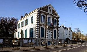 Pomponne - The town hall of Pomponne