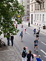 Pražský maraton, z Palackého mostu.jpg
