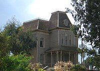 Psycho House-Universal Studios-Hollywood-California4481.JPG