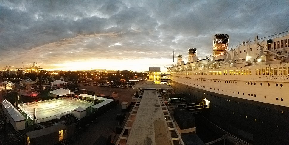 Queen Mary Panoramic Sunset