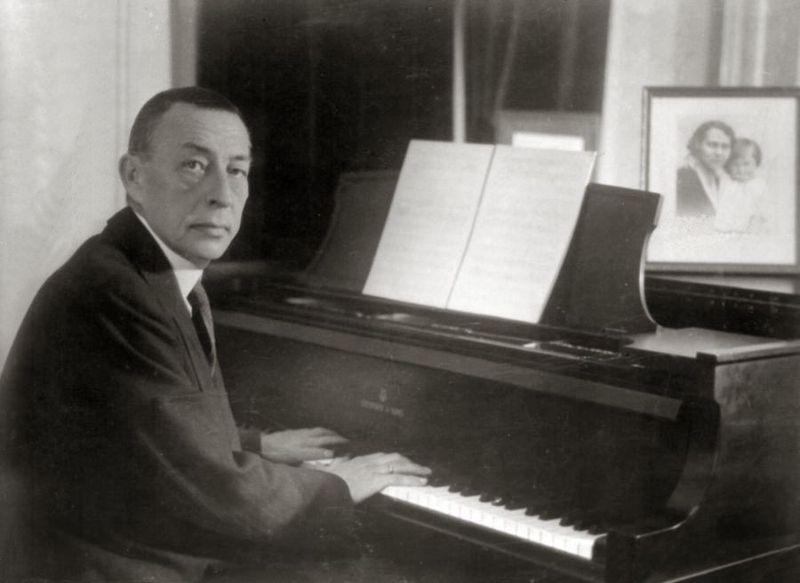 File:Rachmaninoff playing Steinway grand piano.jpg