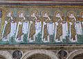 Ravenna, sant'apollinare nuovo, int., sante vergini offerenti, epoca del vescovo agnello, 08.JPG
