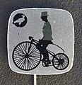 Reclamespeldje van een oud model fiets foto 6.JPG