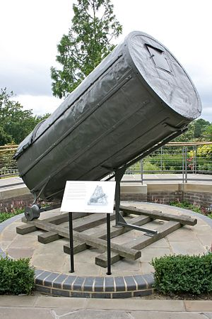 40-foot telescope - The remaining 10 ft section of the telescope, now in the Royal Observatory, Greenwich.