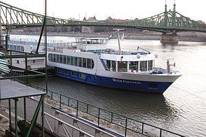 River Countess (ship, 2002) 001.jpg
