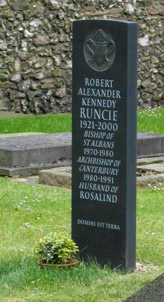 Robert Runcie - Runcie's grave at St Albans Cathedral