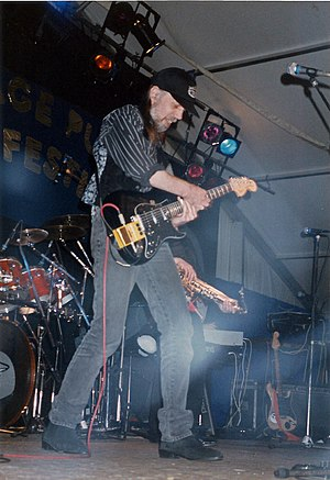 Rod Clements - Rod Clements on stage with Lindisfarne in 1991