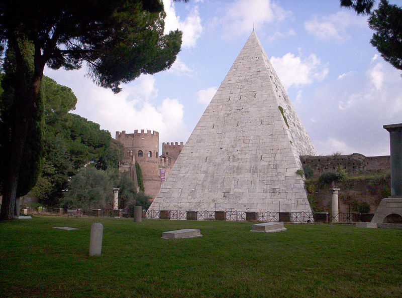 Piramide di Caio Cestio à Rome - Photo de Jimmy P. Renzi