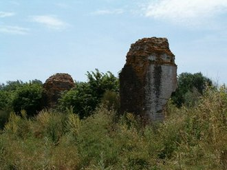 Nea Sinopi - Remains of the Roman aqueduct in Archangelos, Preveza