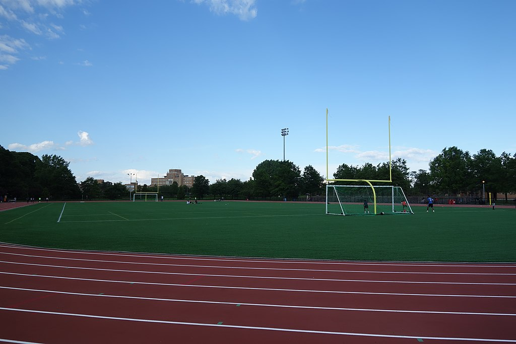 File:Roy Wilkins Park td (2019-06-21) 018 - Track and Field.jpg - Wikimedia  Commons