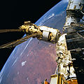 STS-76 Mir Space Station survey - Kristall, Base Module and Spektr.jpg