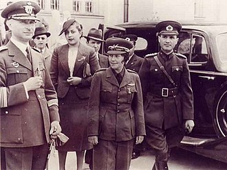 Sabiha Gökçen - Sabiha Gökçen with officers.