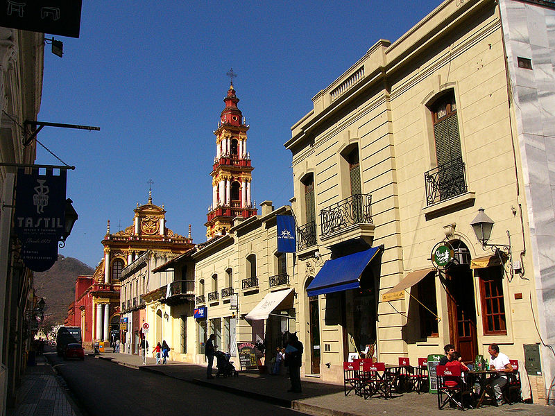 Ficheiro:Salta-Street1.jpg