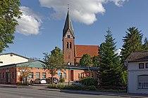 Sandesneben marienkirche aussen 01.jpg