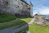 Sankt Georgen am Längsee Burg Hochosterwitz Vorhof und Palas-Aussenwand 01062015 4358.jpg