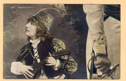 Bernhardt as the boy troubadour, Zanetto, in Le Passant (1869) by Francois Coppee Sarah Bernhardt - Le Passant.png