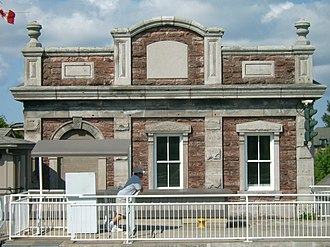 Sault Ste. Marie Canal - Image: Sault Canal power house 10