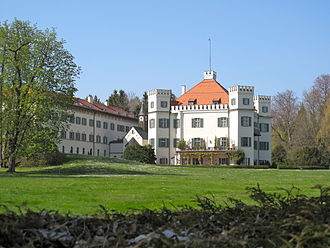 Duke in Bavaria - Image: Schloss Possenhofen 2010 2