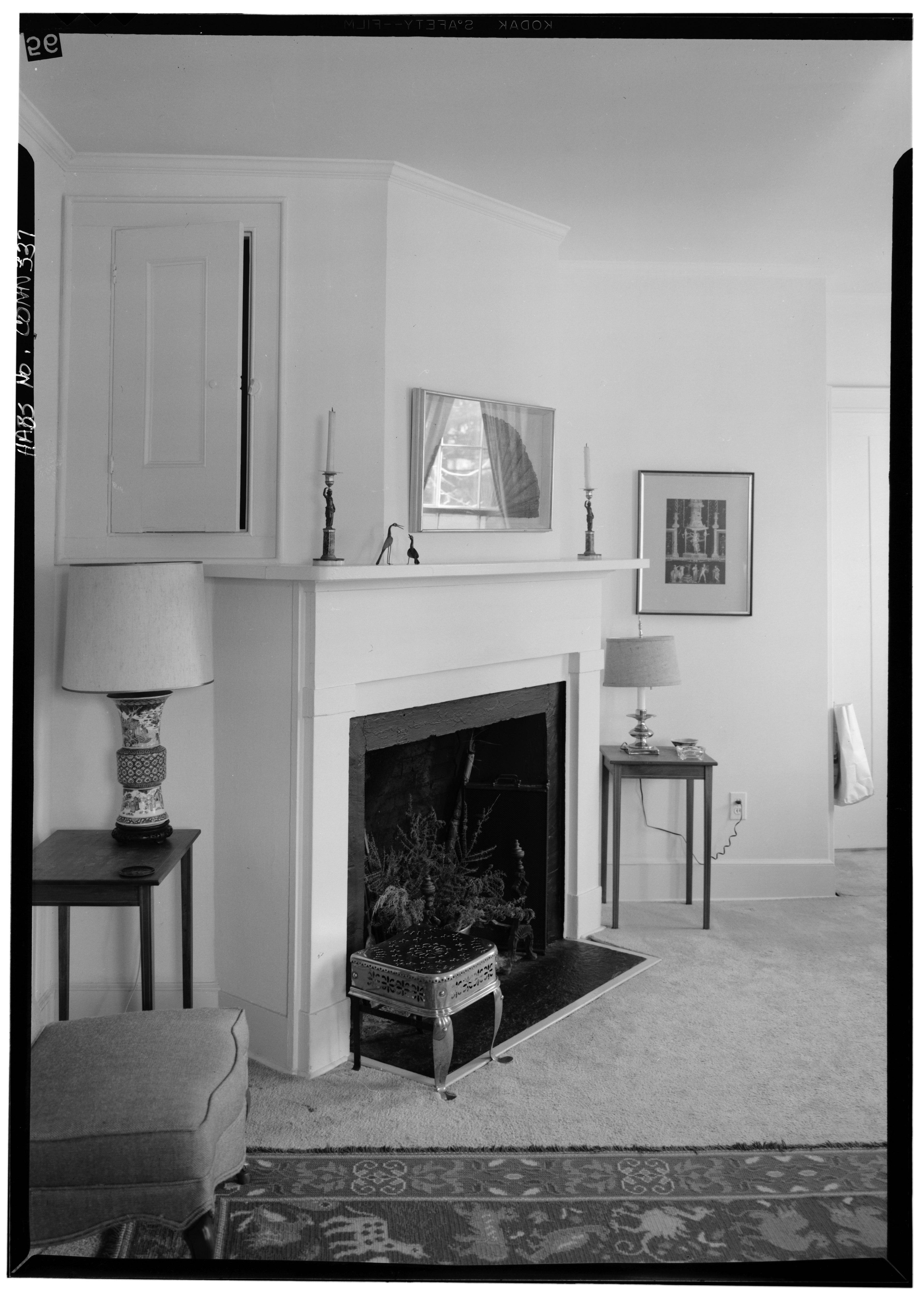 Connecticut Fairfield Room Rent Month Desk