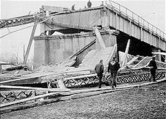 Stress corrosion cracking - The collapsed Silver Bridge, as seen from the Ohio side