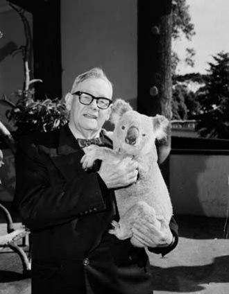Edward Hallstrom - Edward Hallstrom holding a koala at Taronga Park Zoo, in 1964