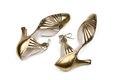 Skor av guldskinn. Tillhört Ellen Roosval-de Maré - Hallwylska museet - 89308.tif