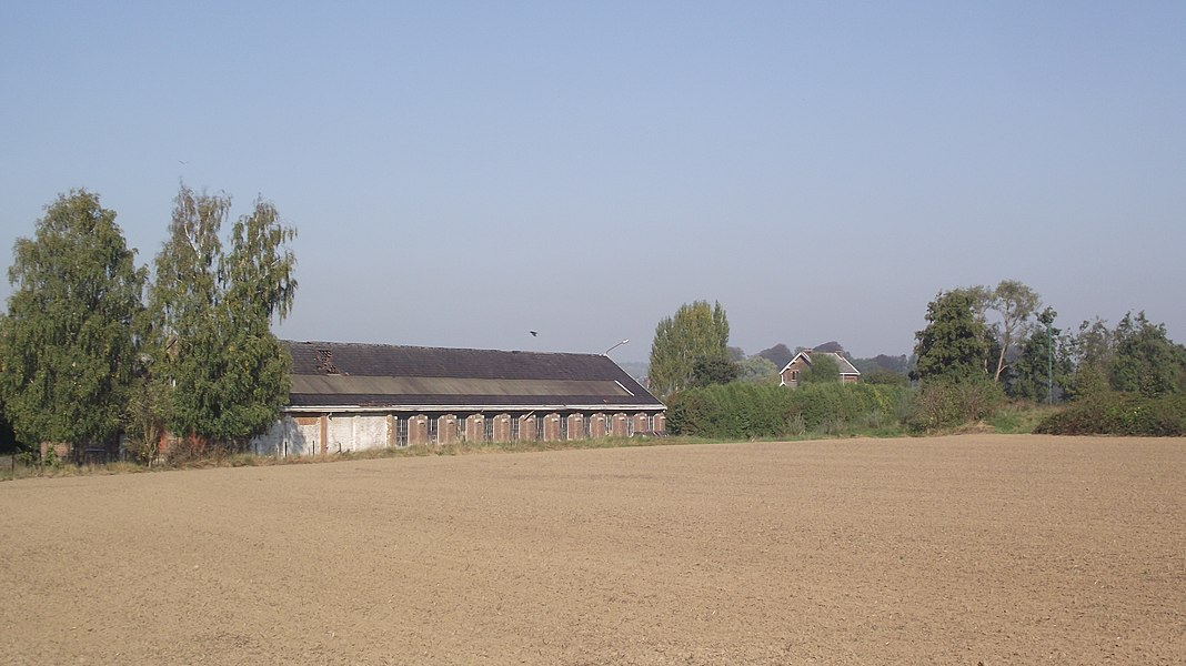 Vicinal depot in Solre-sur-Sambre, partly in use for buses