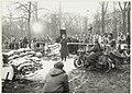 Spanjaardslaan hoek Wagenweg. Opnames voor de speelfilm De Aanslag van Fons Rademakers (1920-2007), naar het boek van Harry Mulisch (1927-2010). NL-HlmNHA 54016537.JPG