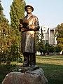 Spomenik Vasi Stajiću u Novom Sadu.jpg