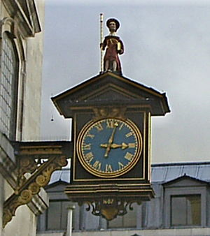 St James Garlickhythe - 1988 replica of 1682 clock