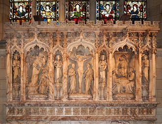 St Nicholas Church, Chiswick - Stone altar screen below the east window