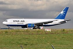 Boeing 767-200BDSF der Star Air