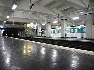 Porte de Saint-Cloud (Paris Métro) - Image: Station Porte de Saint Clou