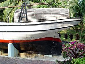 Pinas (ship) - The pinas Sabar in the museum of Kuala Terengganu, 1998