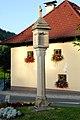 Steuerberg Wegkreuzung Bildstock 17072007 01.jpg