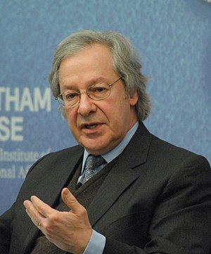 Steven Erlanger - Erlanger speaking at Chatham House in 2015