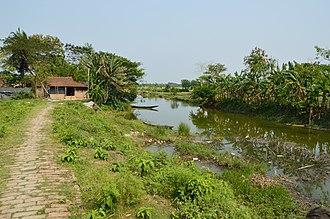 Baduria - Image: Stream Ichamati Purba Para Baduria North 24 Parganas 2015 04 11 7198