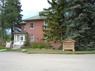 Forestry Farm Park and Zoo - Superintendent's Residence