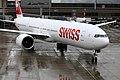 Swiss International Air Lines Boeing 777-3DE-ER HB-JNB (34045752935).jpg