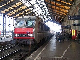 Gare de Narbonne - Image: TER Gare de Narbonne