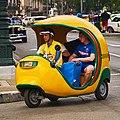 Taxi in Havanna (32921829446).jpg