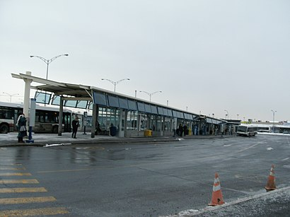 How to get to Terminus Brossard-Panama in Brossard by Bus or
