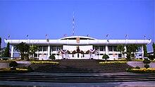 Thai Parlament house.jpg