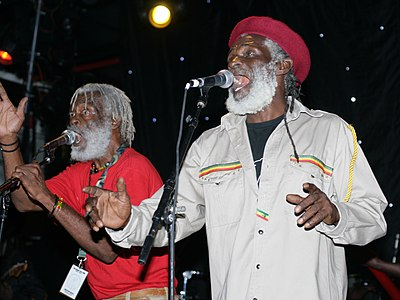 Two of the Congos during concert