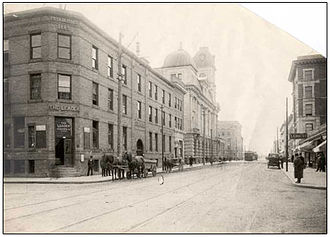 Leader-Post - The Leader Building, 13th Avenue and Hamilton Street, downtown Regina, c. 1910.