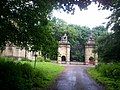 The Lion Gates pictured from within the Estate - geograph.org.uk - 844951.jpg